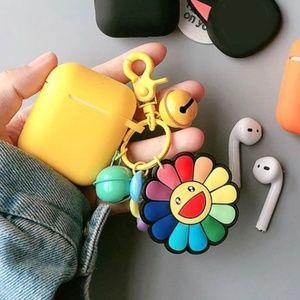 [NEW] ★Air Pods Case★ with CUTE key-chain !!